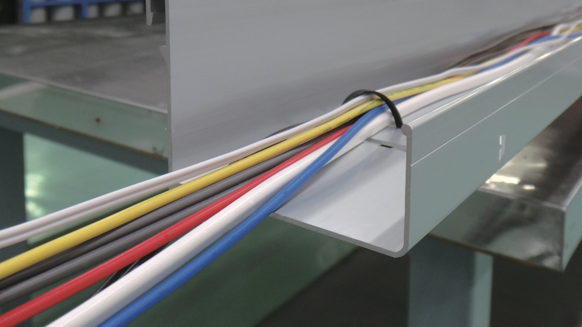 Unit tray for in-ceiling wiring storage